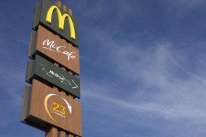 Pobočkám McDonald's se u nás daří